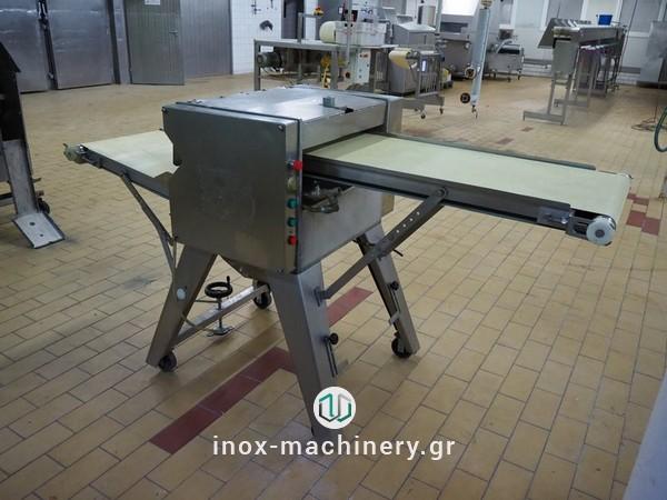 μηχανήματα αφαίρεσης δέρματος για την επεξεργασία κρέατος και τις μονάδες επεξεργασίας αλιευμάτων από την Τηλέμαχος Κατσέλης, inox-machinery.gr στην Αθήνα