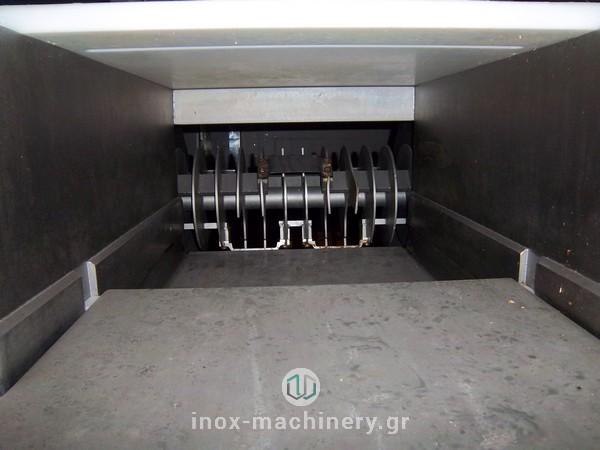 από την MAGURIT κοπτικό μηχάνημα τύπου flaker για την επεξεργασία παγωμένου κρέατος, διαθέσιμο στην Inox Machinery