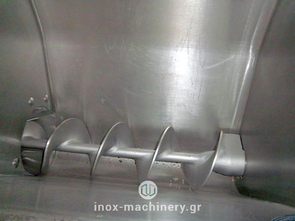 επαγγελματική κιμαδομηχανή για την επεξεργασία κρέατος από την InoxMachinery Τηλέμαχος Κατσέλης