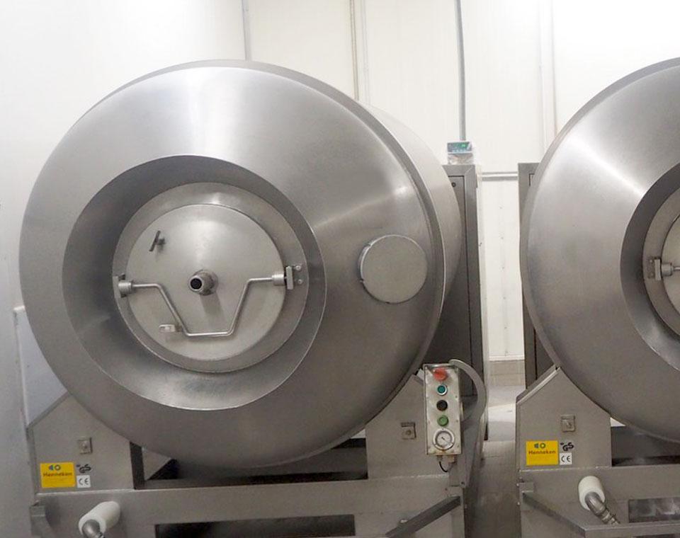 βαρέλες μάλαξης για τη βιομηχανία επεξεργασίας κρέατος από την inox machinery Τηλέμαχος Κατσέλης στην Αθήνα